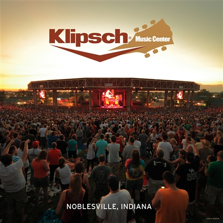 Klipsch Music Center crowd